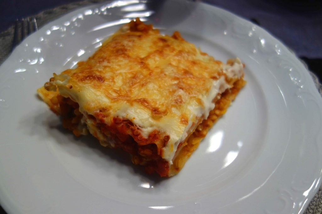 Cannelloni with vegetarian Bolognese