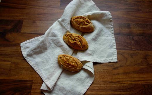 Spelt And Emmer Rolls With Lots Of Seeds, kernige Dinkel-Emmer-Brötchen
