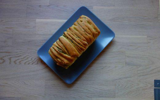 veganes Bärlauchzupfbrot, Vegan Pull-Apart-Bread With Wild Garlic