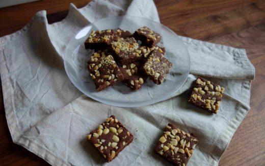 vegane Schoko-Erdnuss-Plätzchen, Vegan Chocolate Peanut Christmas Cookies